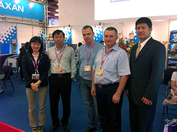 DLV's Chairman of the Board Michail Volokotkin and Technical Director Alexey Geseltin together with taiwanese partners